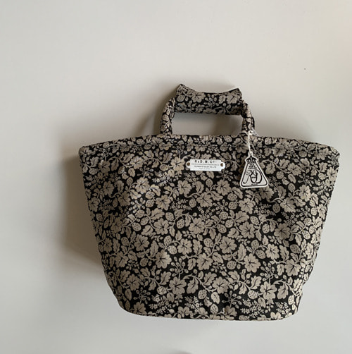 R&D.M.Co-  wildberry marche bag