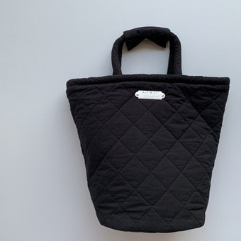 R&D.M.Co-  quilting marche bag(tall) black