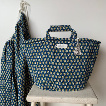 R&D.M.Co-  nursery print  marche bag(30%)