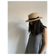 mature ha.raffia hat