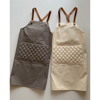 R&D.M.Co-  MESTER APRON(2 color)